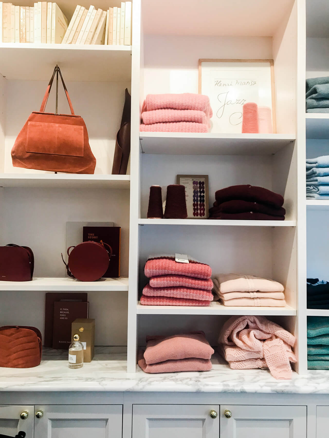 The NYC Sezane store is so pretty! I love their clothees!