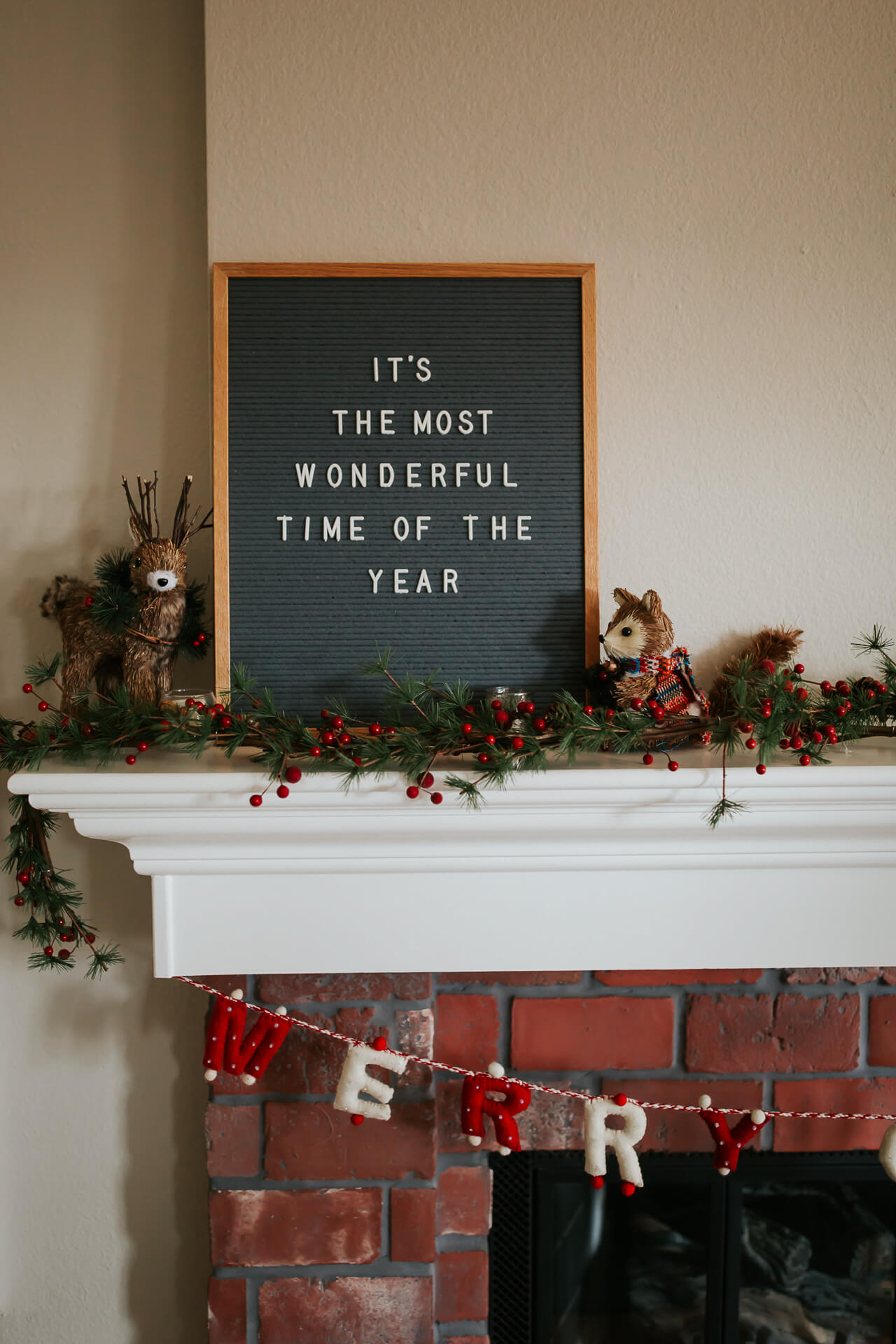 Festive home decor for the holidays. - M Loves M @marmar
