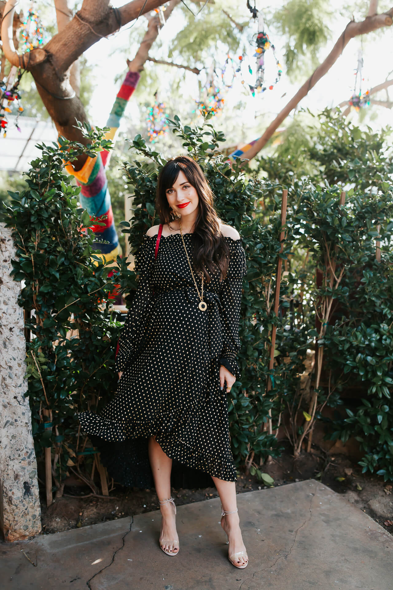 This off the shoulder dress is so cute! - M Loves M @marmar