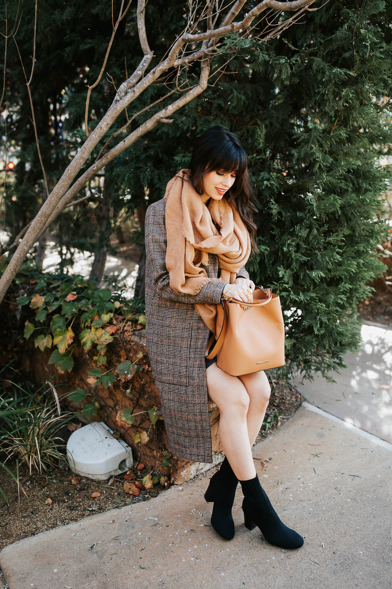 This plaid winter coat outfit is so chic! - M Loves M @marmar