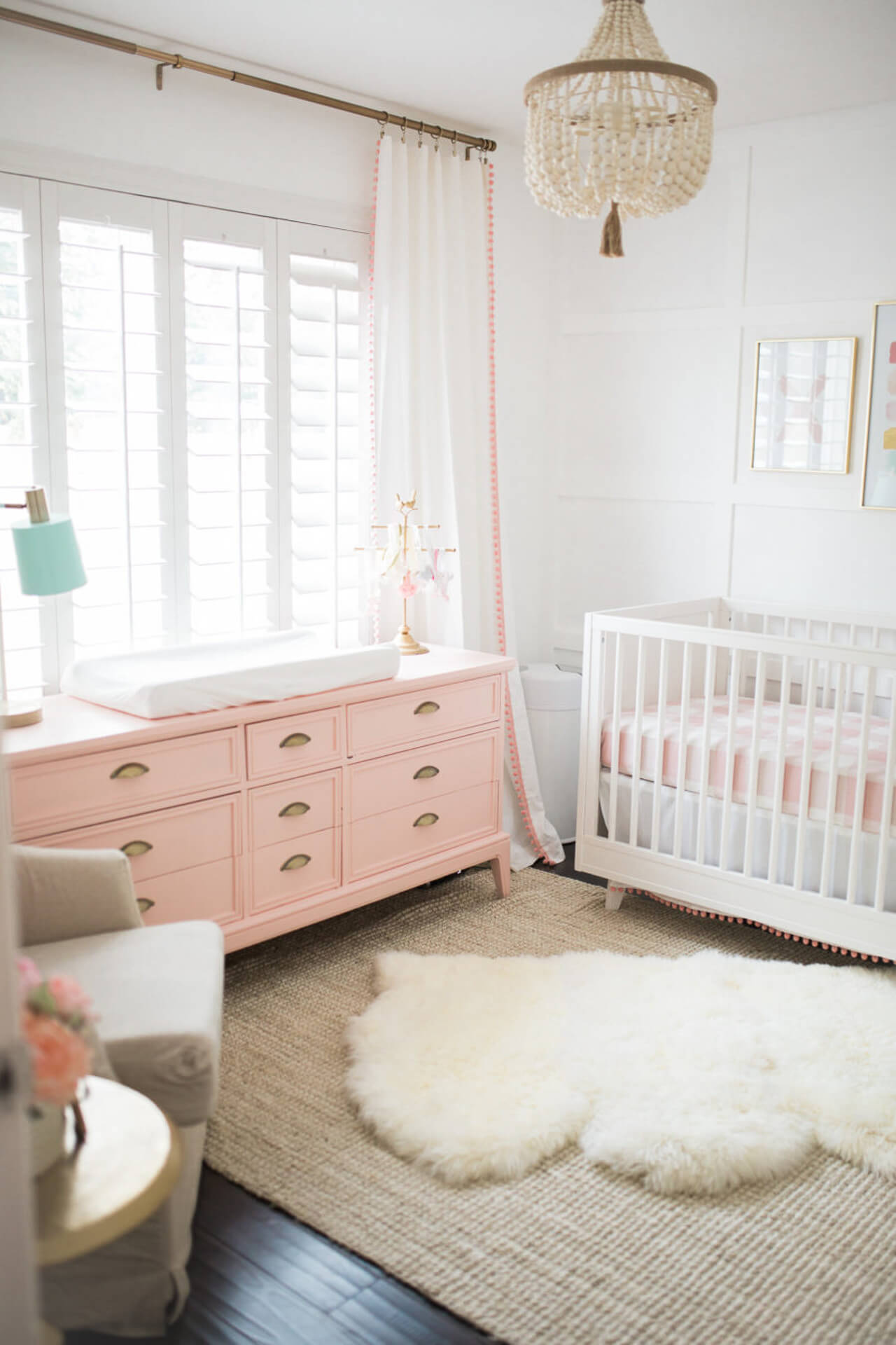 This pink and gold baby nursery is so pretty! - M Loves M @marmar