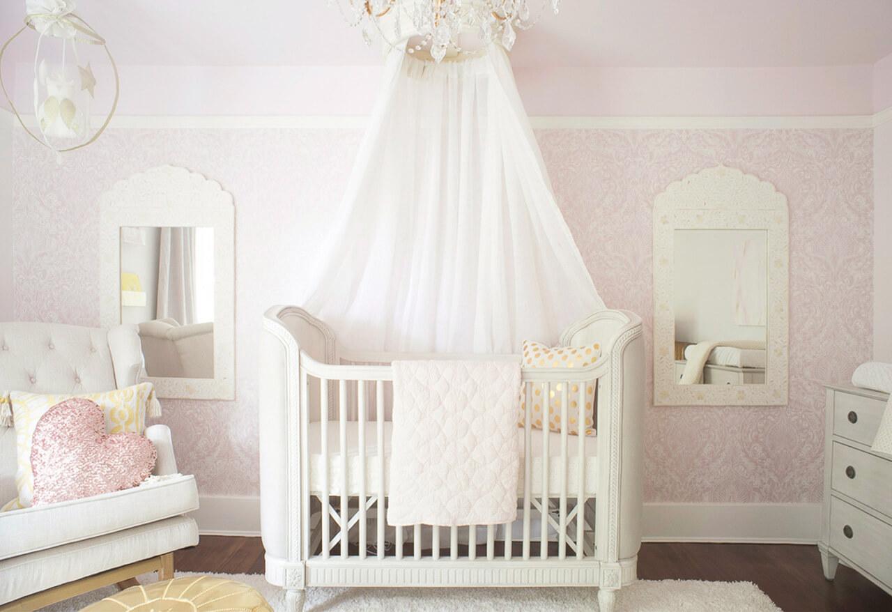 This royal inspired baby nursery is so elegant! - M Loves M @marmar