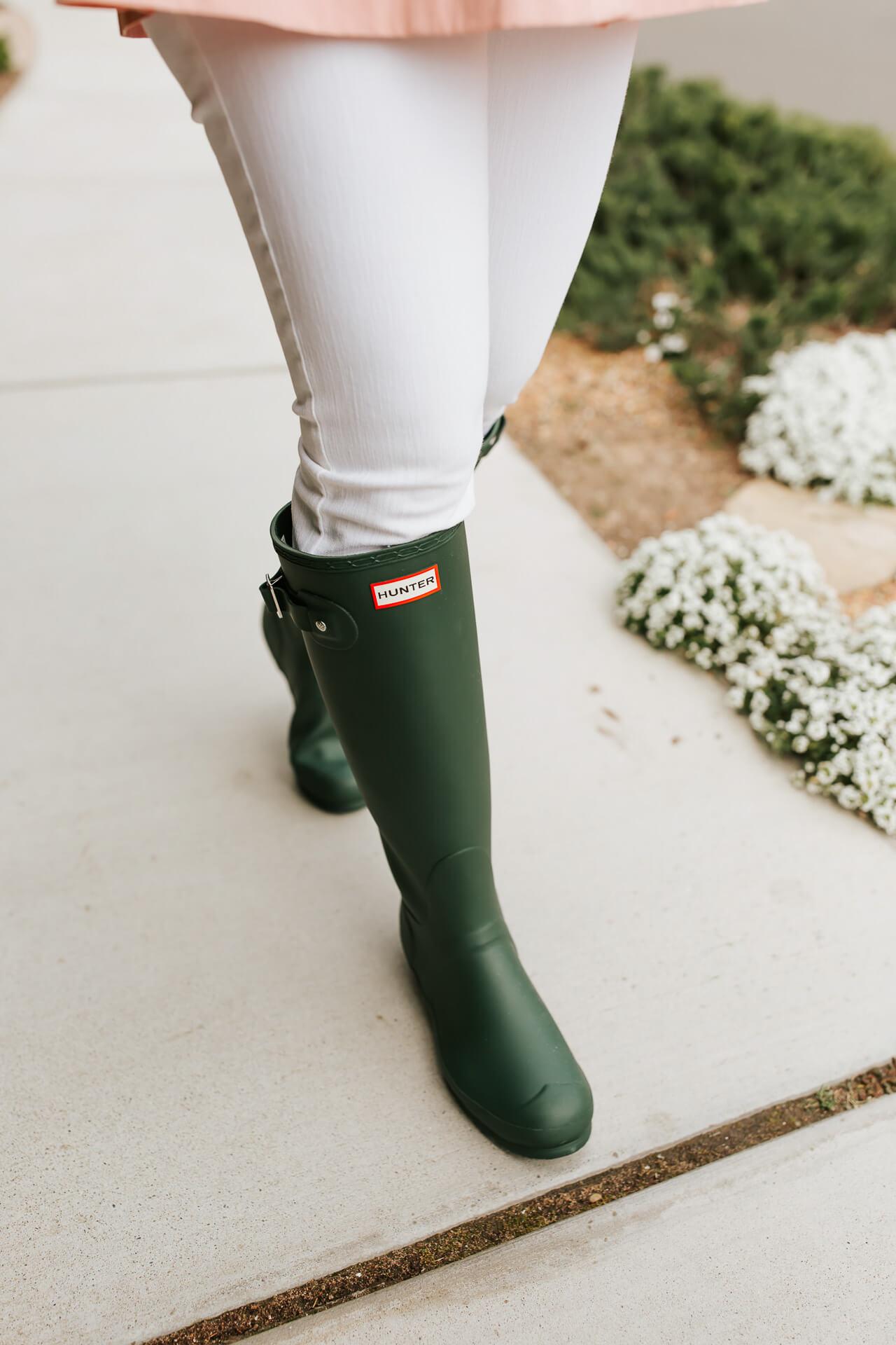 The perfect Green Hunter rain boots! - M Loves M @marmar