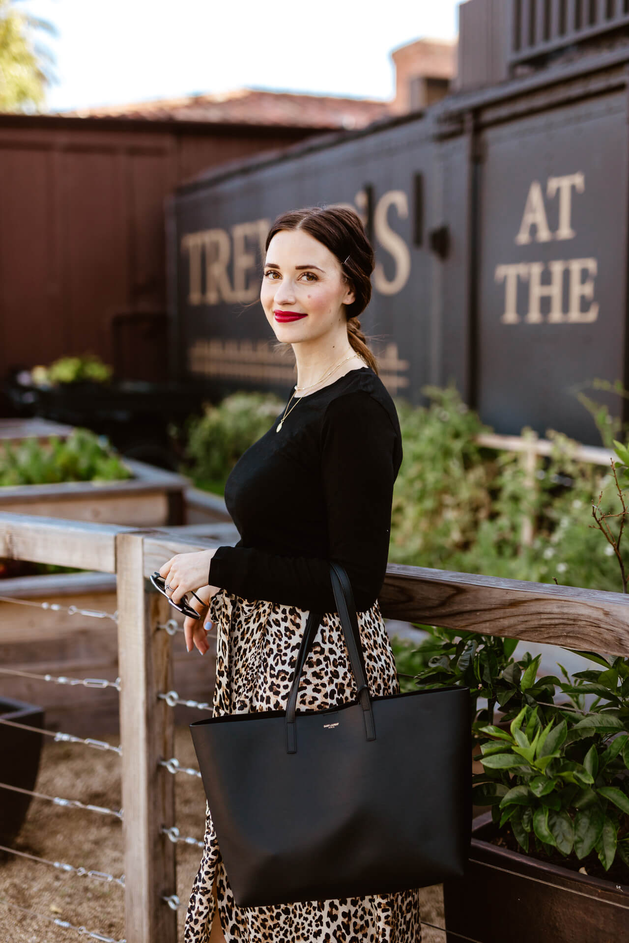 A leopard midi skirt outfit! - M Loves M @marmar