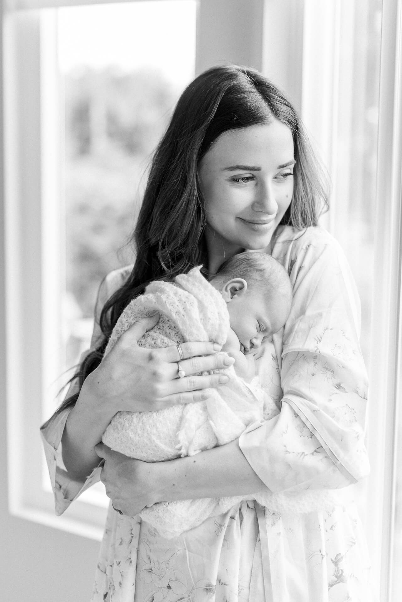 Mom and baby's first photos! - M Loves M @marmar