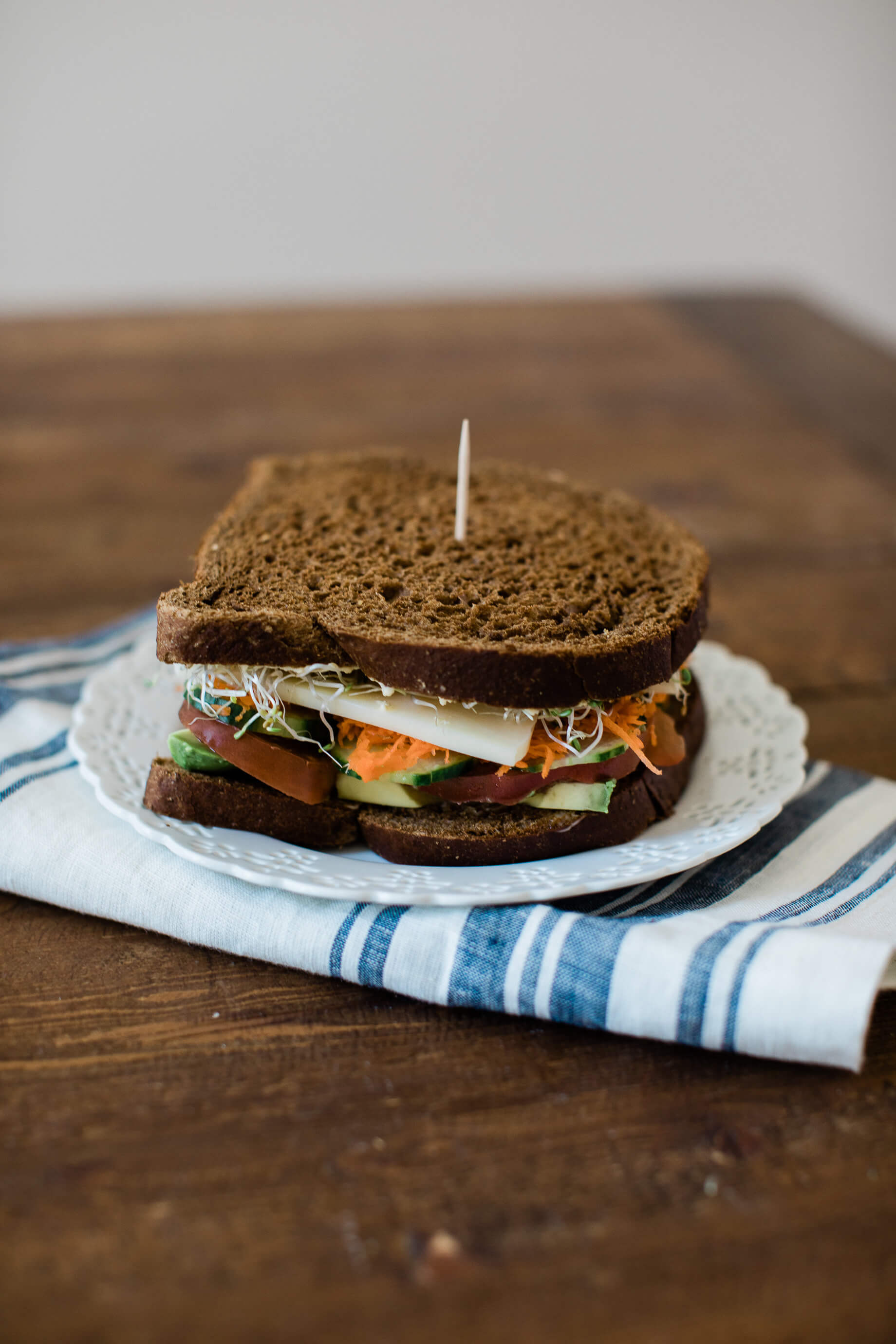 A yummy veggie sandwich recipe! - M Loves M @marmar