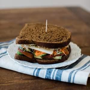 A yummy veggie sandwich recipe! - M Loves M @marmar