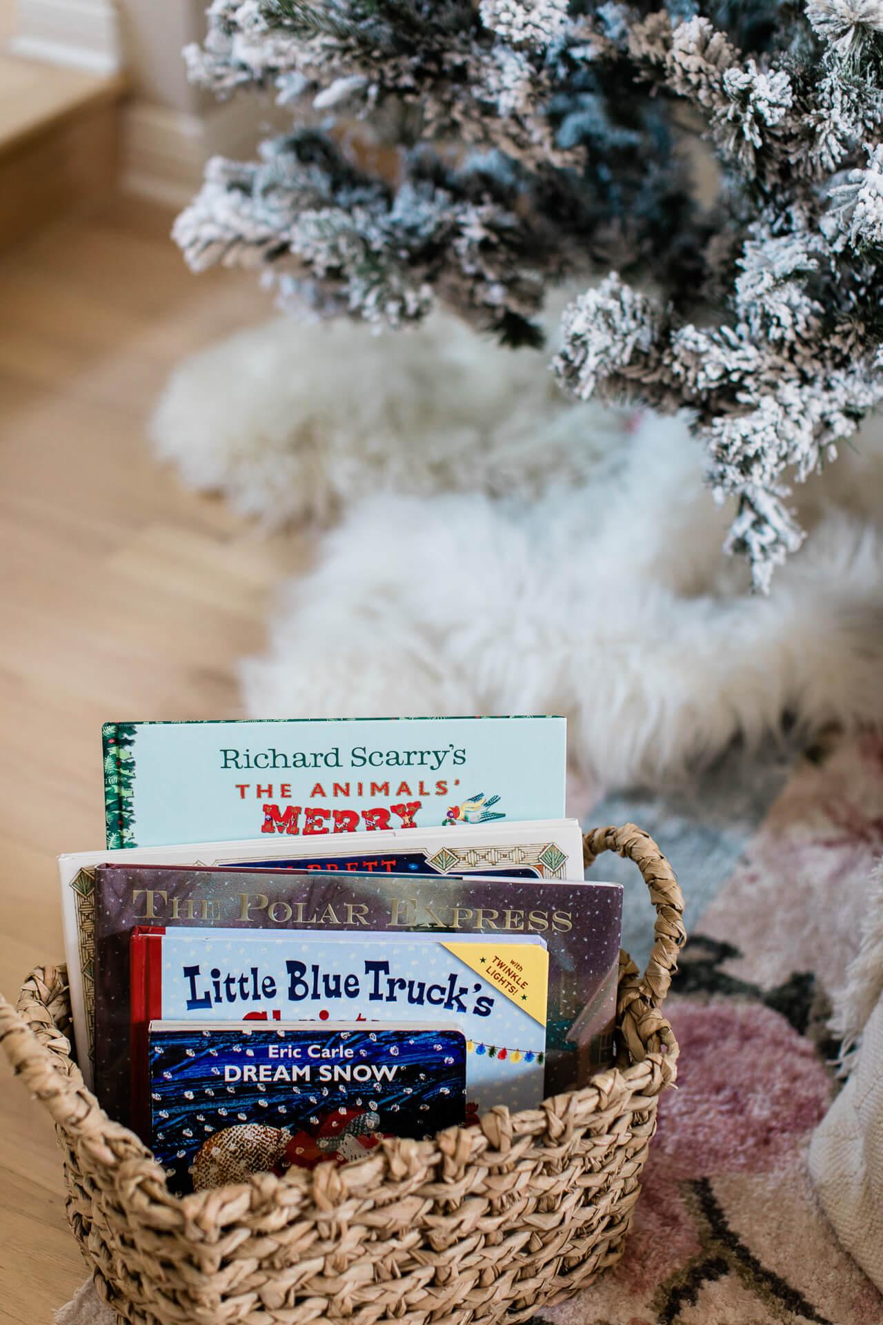 Christmas books for little kids! - M Loves M @marmar