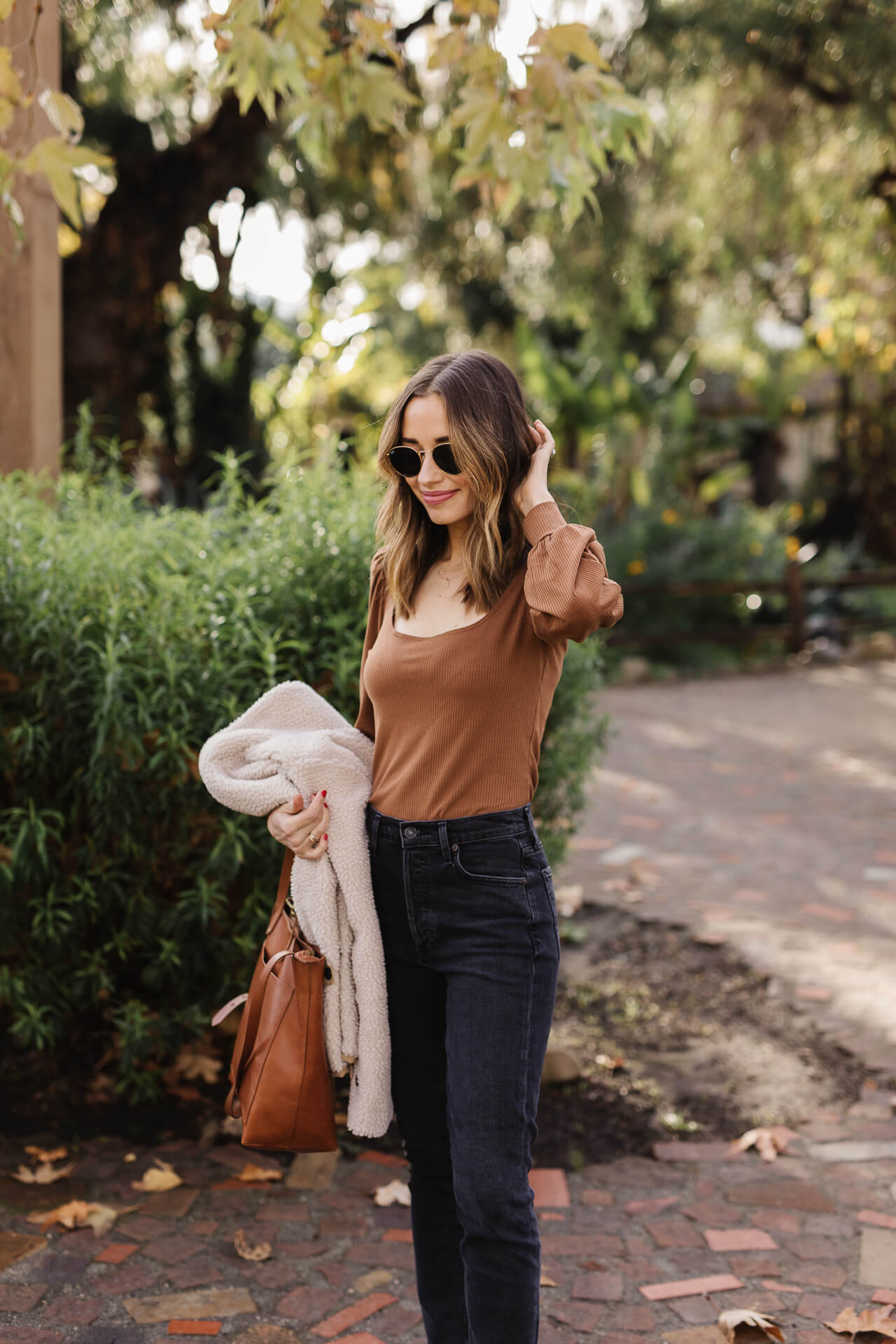 The cutest puff sleeve top from Reformation! - M Loves M @marmar