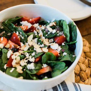 I found the best summer spinach salad recipe! - M Loves M @marmar