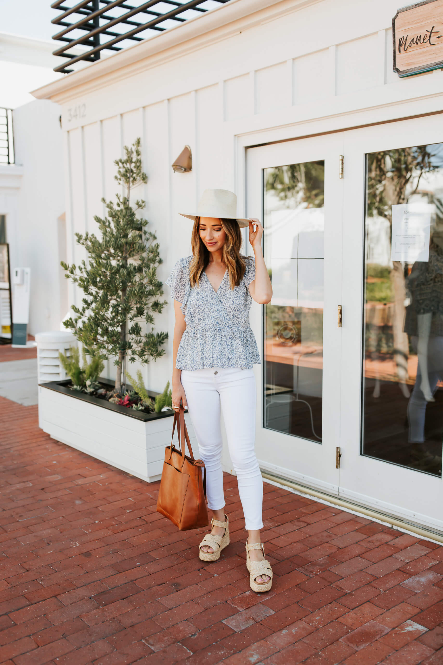 Here's what I look for when buying clothing! - M Loves M @marmar