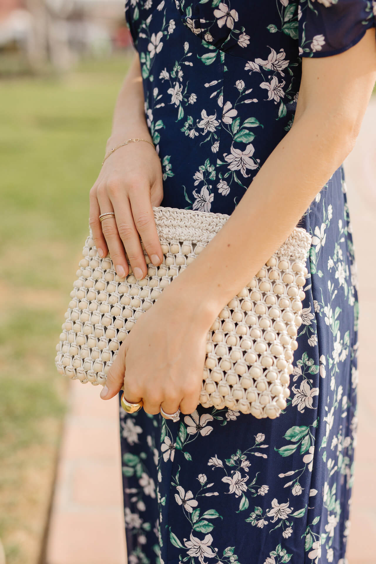 Accessorize your fall midi dresses with a cute bag