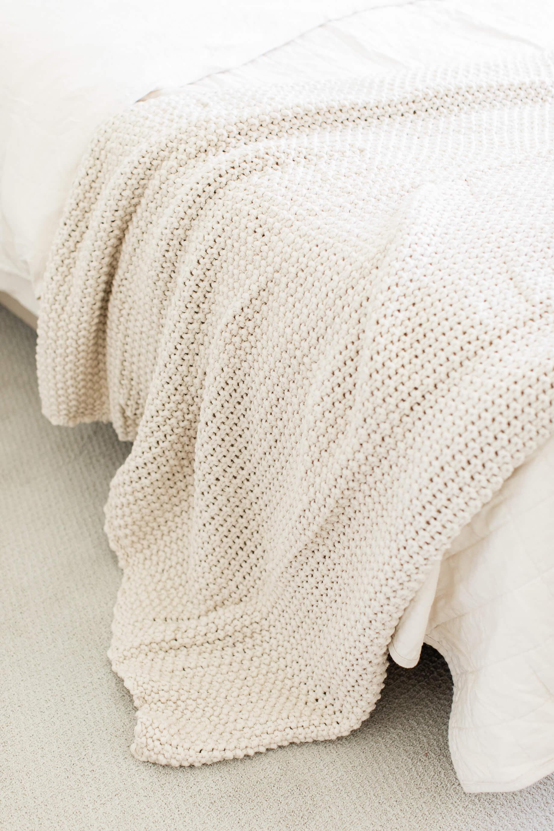 affordable large bed blanket - M Loves M @marmar
