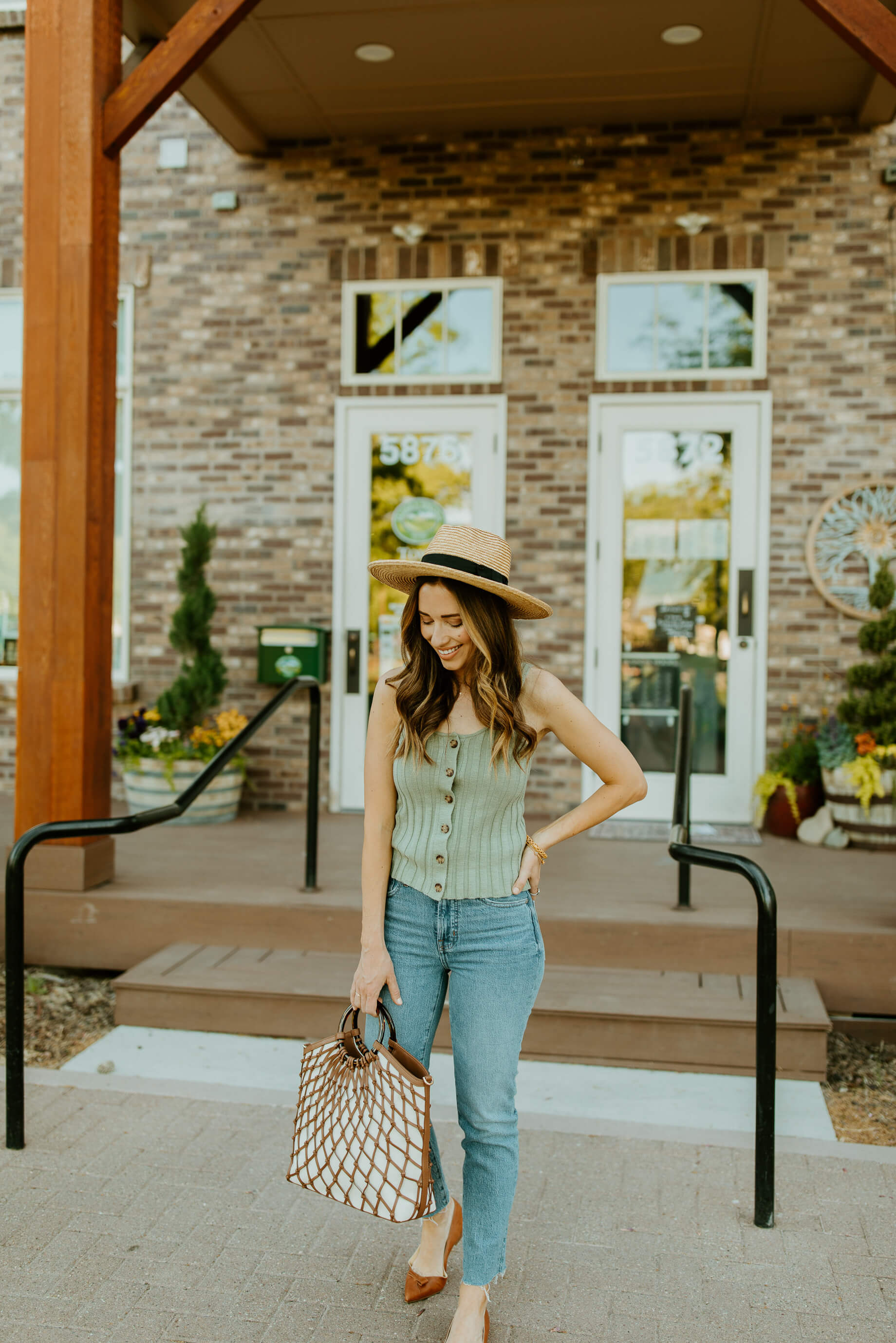 casual mom outfit with sweater tank and jeans - M Loves M @marmar