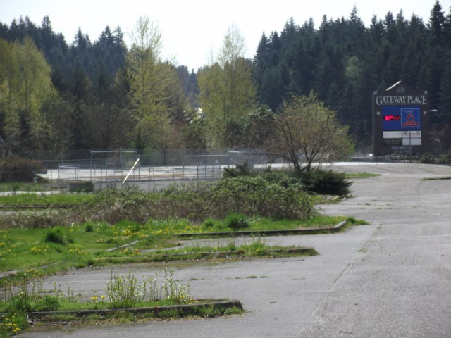 The now-vacant Evergreen Elementary School property in the Freeway/Tourist District.