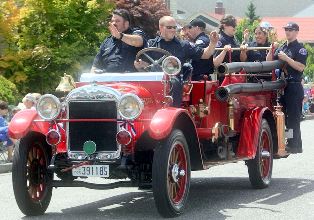 Snohomish County Fire District 1 firefighters enjoyed seeing the crowd.