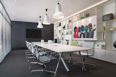 Stylish meeting rooms for meetings, networking, collaboration and achievement.