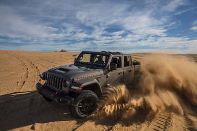 New 2020 Jeep® Gladiator Mojave: the ultimate high-performance off-road midsize pickup (PRNewsfoto/FCA)
