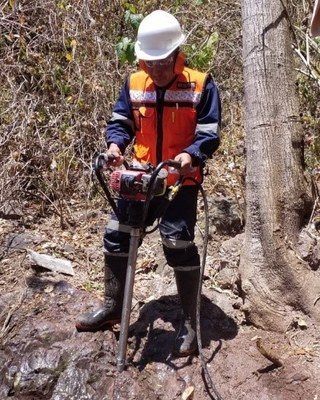 Figure 5: Portable Drill Rig (CNW Group/GR Silver Mining Ltd.)