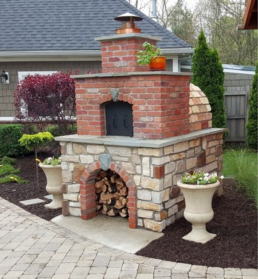 DIY Wood-Fired Outdoor Brick Pizza Ovens Are Not Only Easy ... on Simple Outdoor Brick Fireplace id=23822