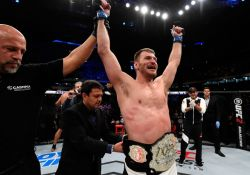 Stipe-Miocic-belt