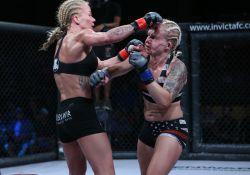 Sunna Rannveig Davidsdottir vs Kelly DAngelo_006