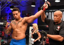Greg-Hardy-knocks-out-Austen-Lane-to-win-in-professional-MMA-debut