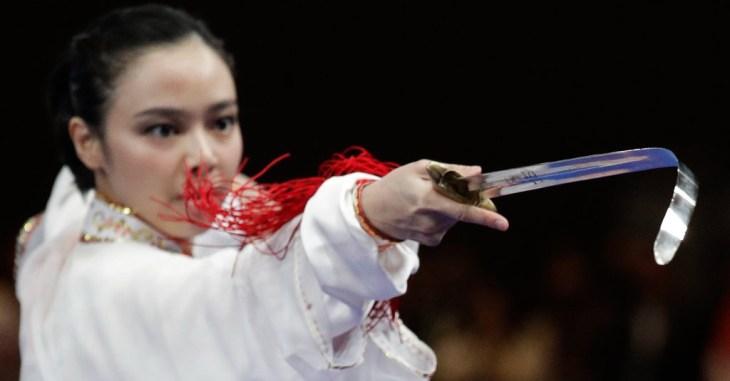 Lindswell Kwok, Ratu Wushu Indonesia yang Raih Emas di ...