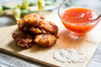 Kurczak curry w kokosowej panierce