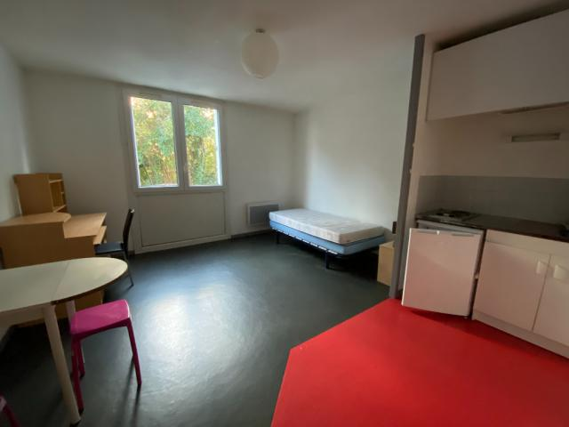 Location Studio Meuble Limoges 87 17 Annonces Immobilieres Logic Immo