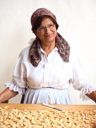 Ręcznie robiony makaron orechiette