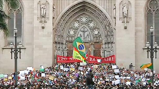606x341_228882_brasile-monta-la-rivolta-sociale