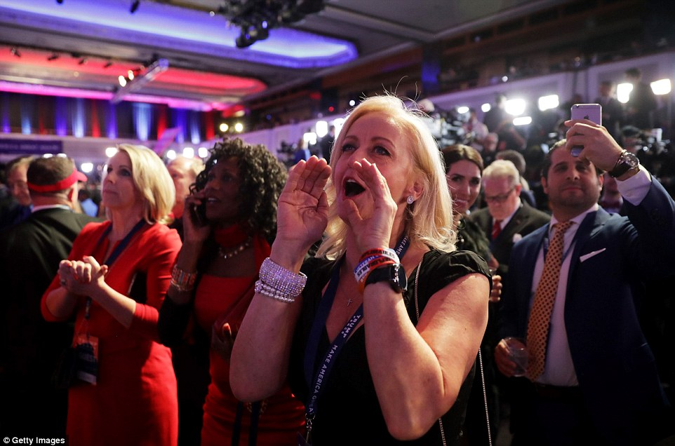 3a31adfe00000578-3918258-delight_a_woman_at_trump_s_election_rally_in_new_york_cheers_as_-a-21_1478714780949