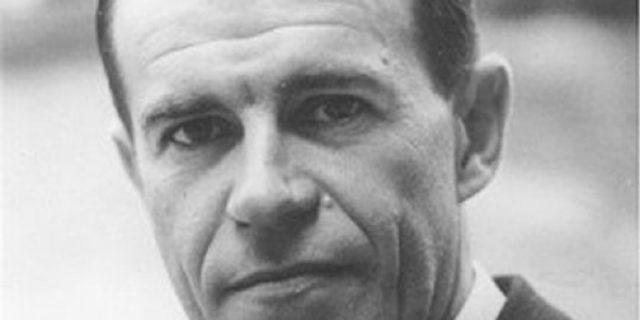 Carlo M. Cipolla – Saggio sulla stupidità umana