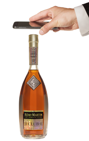 Rémy Martin CLUB Connected Bottle using Selinko High Security NFC technology (Photo: Business Wire)