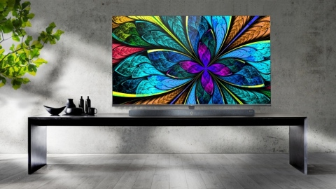 TCL X10 QLED 8K TV (Photo: Business Wire)