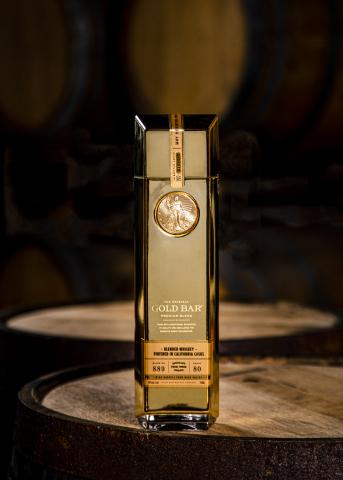 Gold Bar Whiskey bottle photo: Nicola Parisi