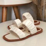Rasteira Feminina Off White com Detalhes sanfonado conforty Coleção Primavera Verão Moda e Tendência em Calçados Femininos Loja Online MM Store Shoes (26)