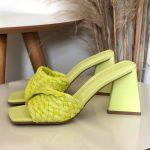 Tamanco Feminino Lemon De salto Estilo Triangulo e Detalhes de Palaha Coleção Primavera Verão Moda e Tendência em Calçados Femininos Loja Online MM Store Shoes (13)