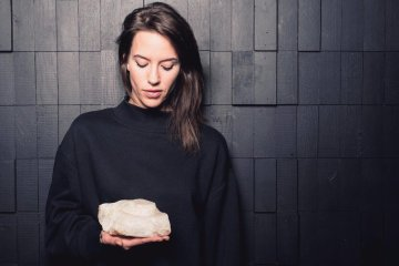 Female Techno DJ Mirella Kroes
