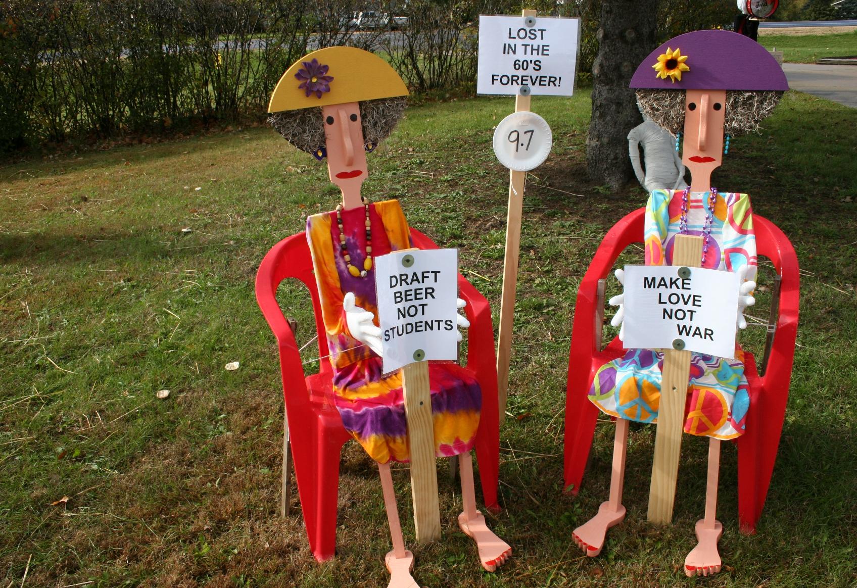 Crafts Galore Amp A Bonus Scarecrow Contest