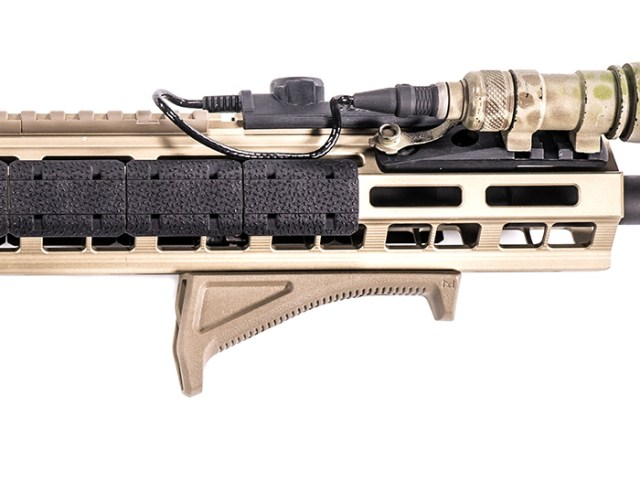 MAG598 Feature 02
