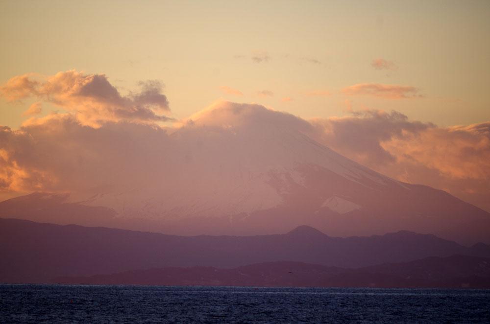 サロン近くからみた富士山