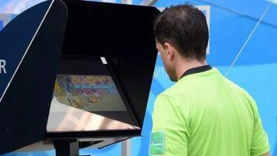 """أول لاعب يطرد ببطاقة حمراء بإستعمال """"الڤار"""" في المغرب 10"""