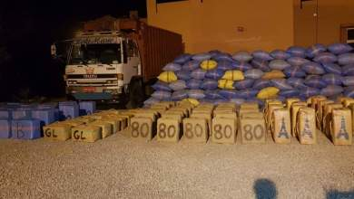 """حجز ثلاثة أطنان من """"الحشيش"""" على متن شاحنةللنقل الطرقي للبضائع 5"""