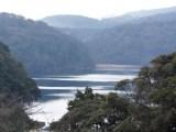 霧島山最大の火口湖「御池」