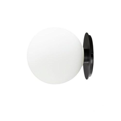 TR Tak/Vegg lampe Black fra Menu - 5709262001613