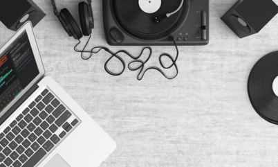turntable-top-view-audio-equipment