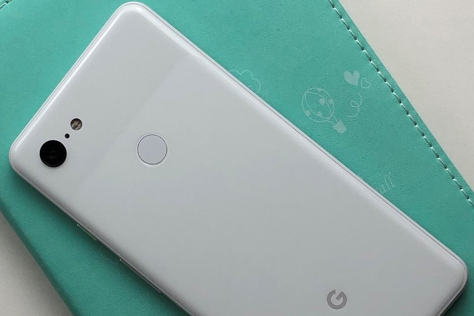 Google kan visa upp en tredje Pixel med dubbla bakre kameror