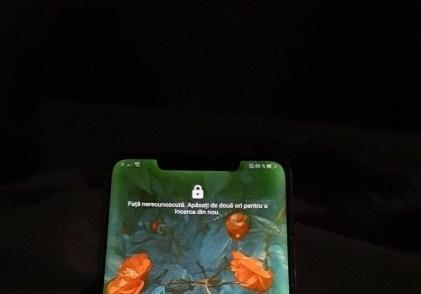 Video visar hur skärmproblemet med Huawei Mate 20 Pro ser ut